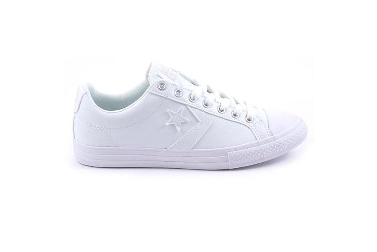 zapatillas-blancas-planas-pablo-ochoa
