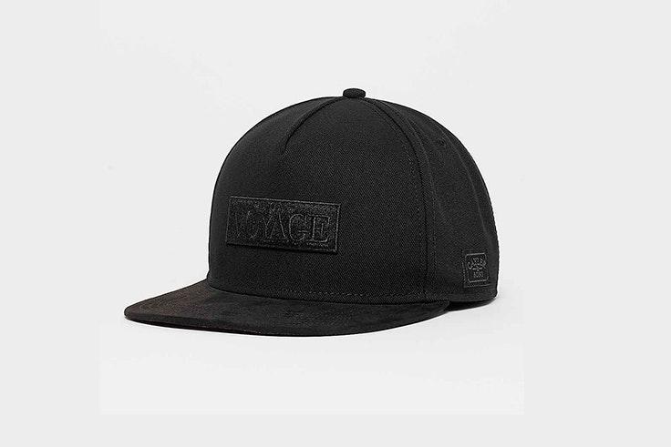 gorra-negra-snipes