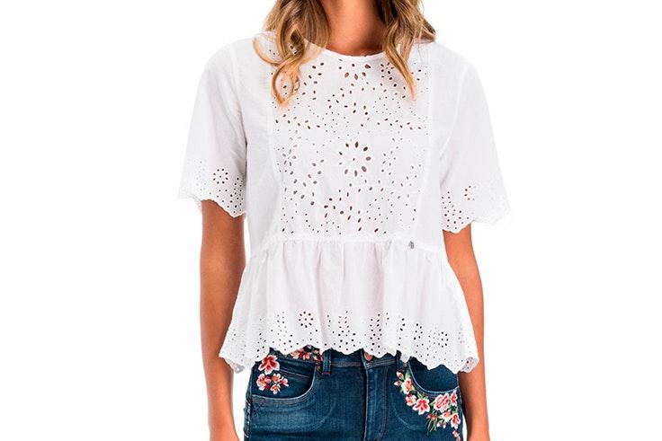 blusa blanca bordados troquelado salsa