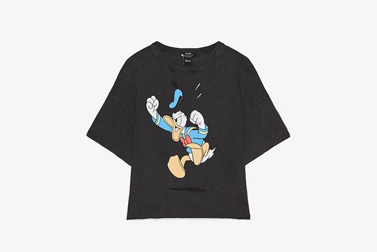 camiseta gris pato donald bershka carlota weber