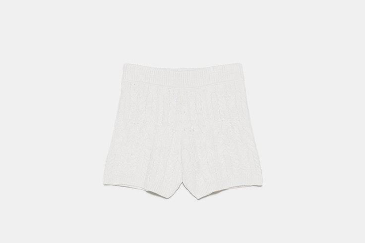pantalon corto punto beige zara