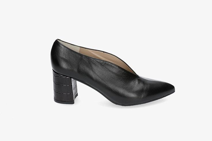 zapato tacón negro pablo ochoa