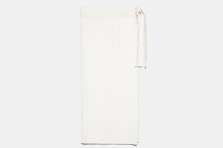falda midi color beige de punto zara