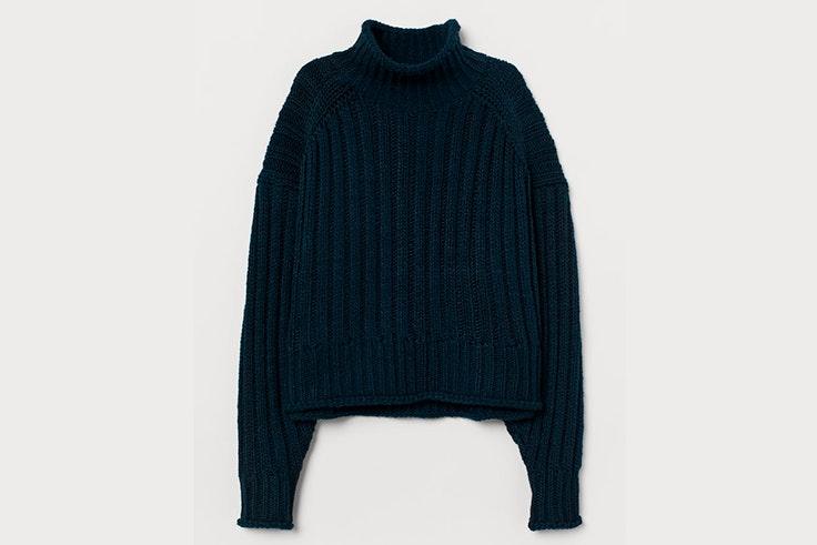 jersey punto cuello en color azul marino de H&M