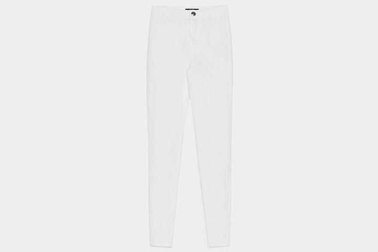 Pantalón blanco ajustado de Bershka