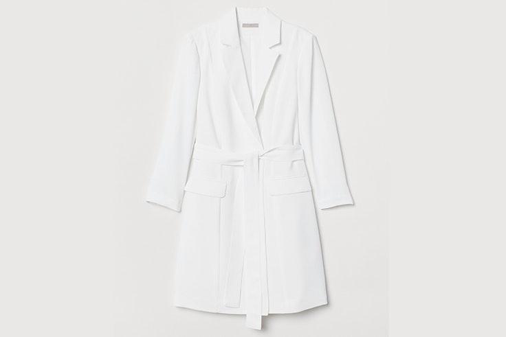 Vestido tipo blazer en color blanco de H&M