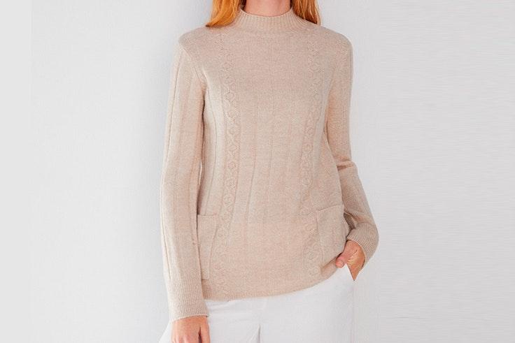 Jersey en color beige con cuello perkins de Cortefiel