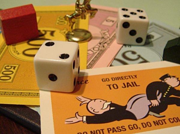 Ideas para celebrar la Nochevieja en familia: Monopoly