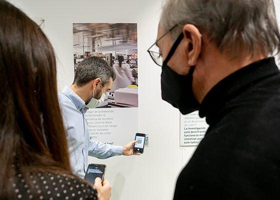 """GranCasa acoge la exposición """"+ Investigación, + vida"""""""
