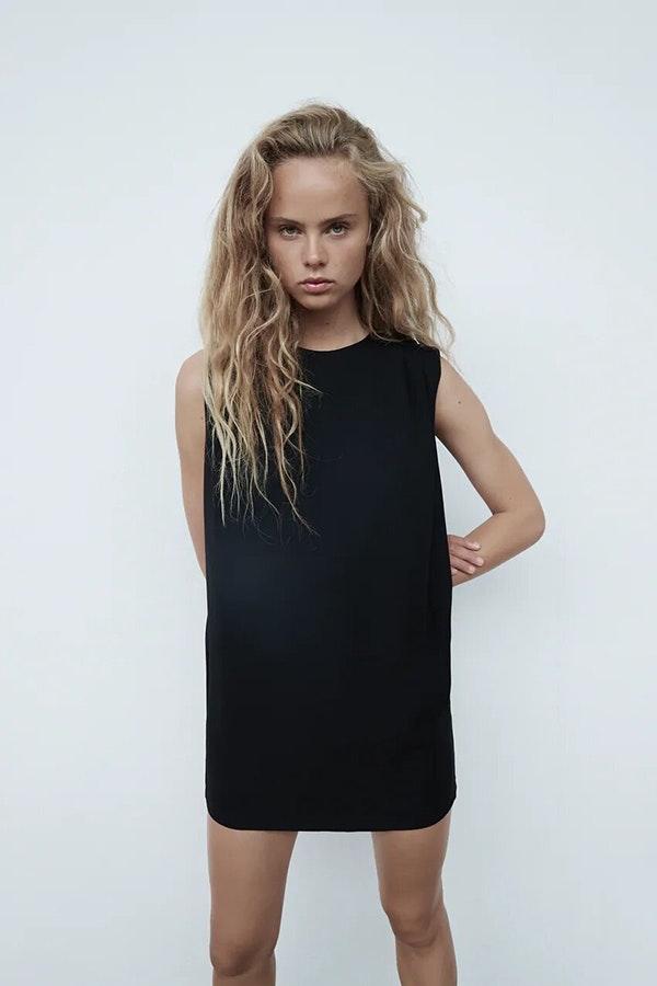 Tendencias de moda 2021: little black dress