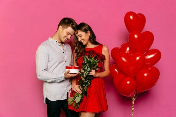 Ideas para celebrar San Valentín en casa: regalo especial