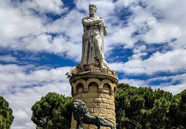 Las cinco mejores estatuas de Zaragoza: monumento a Alfonso I el Batallador