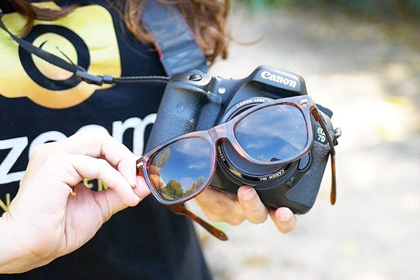 Trucos de fotografía caseros: gafas de sol