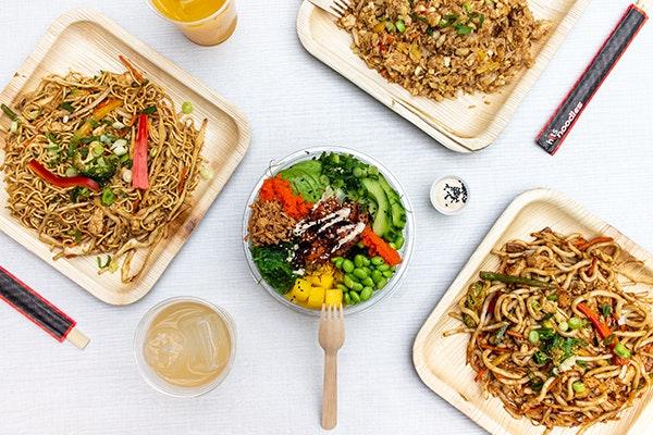 Comer en Zaragoza el Domingo de Pascua: Hit Noodles GranCasa