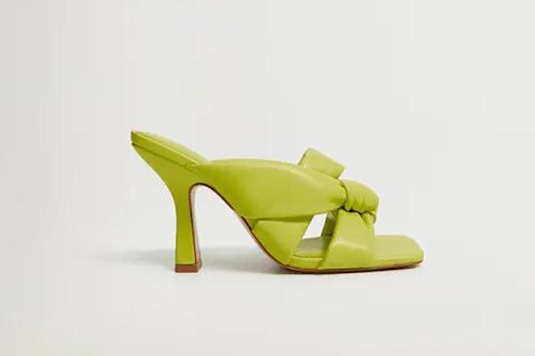Se lleva el verde: sandalias