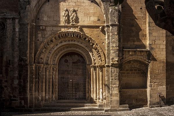 5 pueblos de Aragón que te enamorarán: Uncastillo
