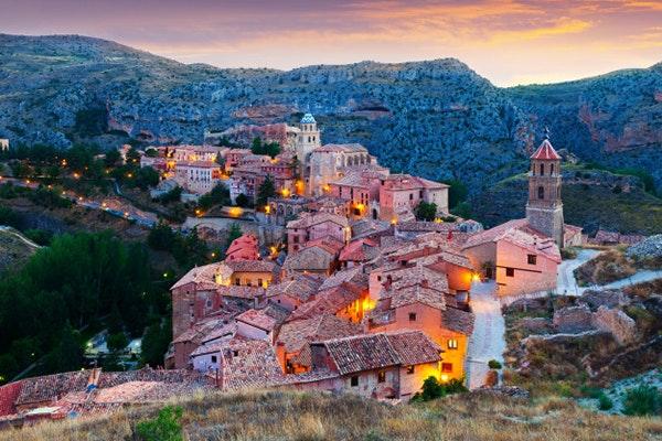Planes diferentes para celebrar San Jorge: Albarracín