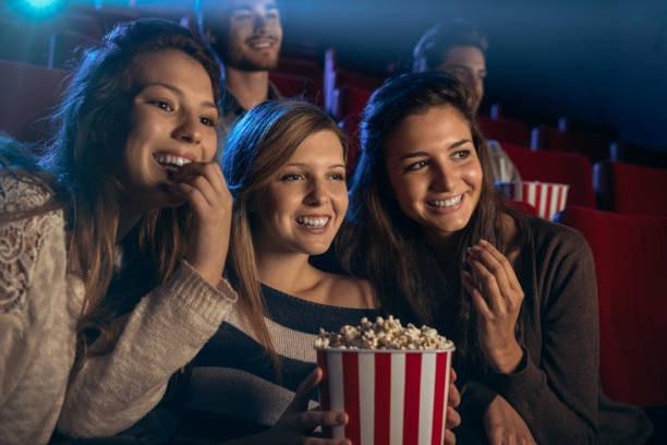 Cine con amigas y amigos