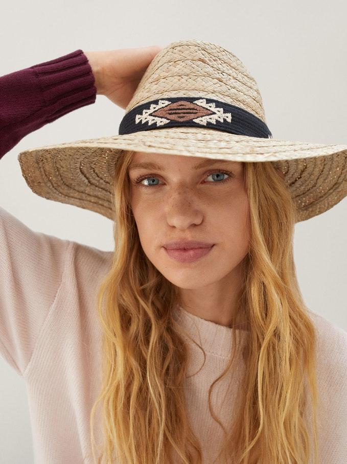 Sombrero trenzado Parfois