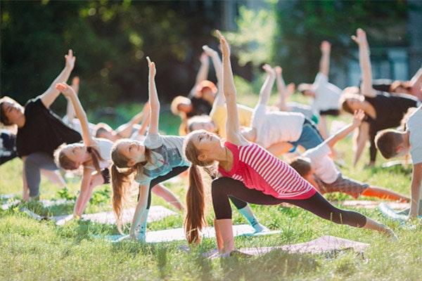 Los 10 beneficios de hacer yoga