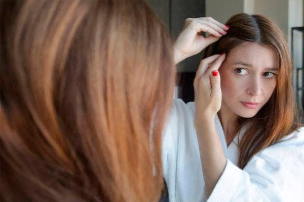 5 trucos para evitar la caída del pelo en otoño