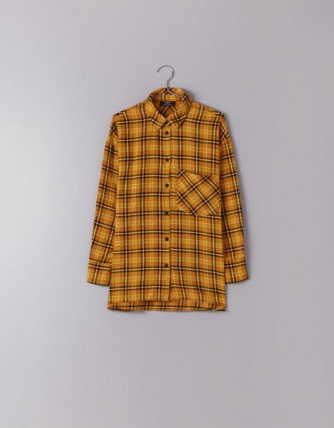 Camisa mostarda, Bershka, 17,99€