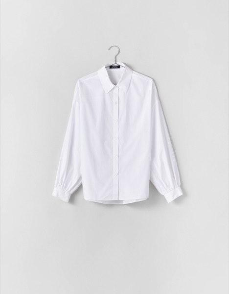 Camisa Bershka, antes a 22,99€ e agora a 14,99€