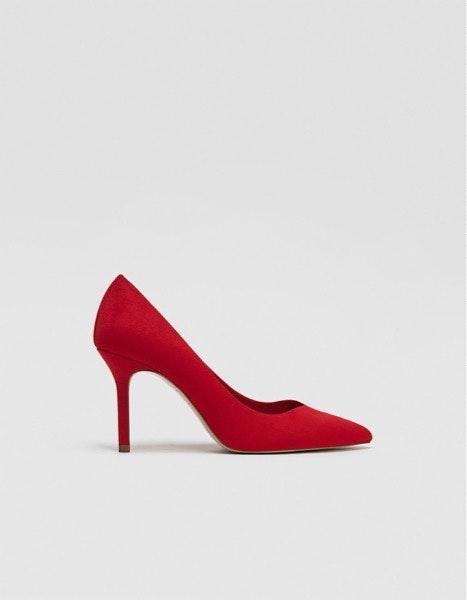 Sapatos Stradivarius, antes a 19,99€ e agora a 15,99€