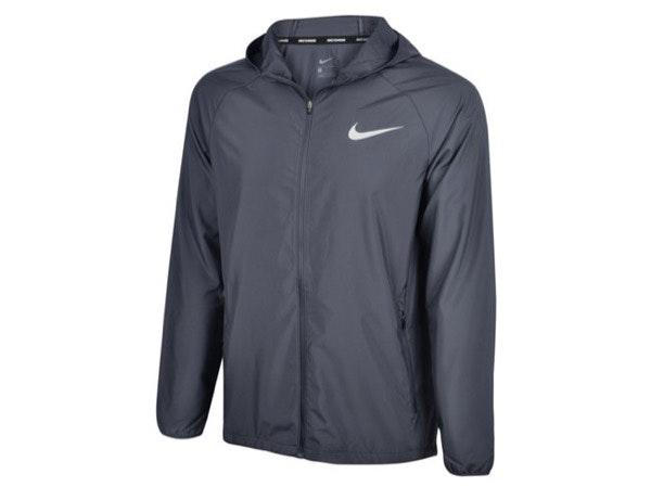Impermeável, Nike, 69,99€, na Sport Zone