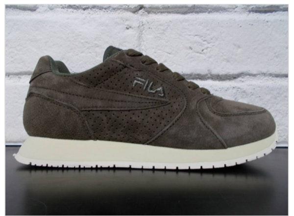 Sapatilhas Fila, antes a 90€ e agora a 45€, na Big Foot