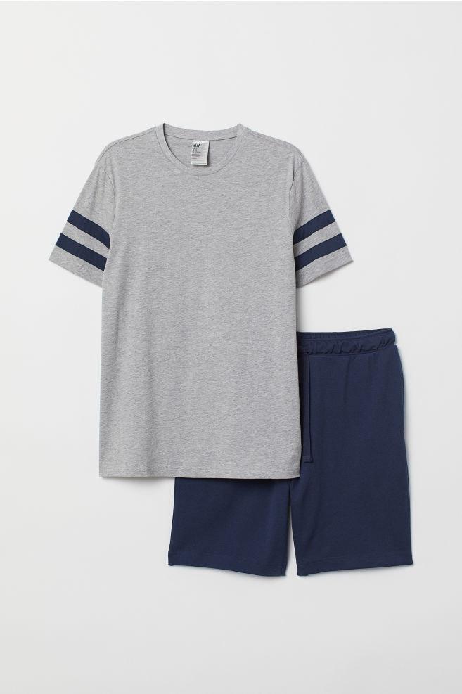 Pijama de T-shirt e calções, H&M, 17,99€