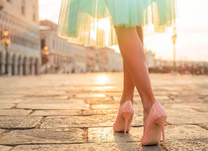 Trucos para evitar el dolor de pies causado por los tacones 2f575c8b7737