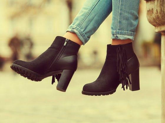 aprovecha nuestras rebajas en calzado para triunfar en tus street style