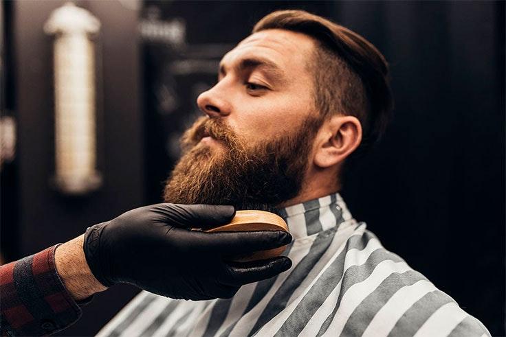 Cómo recortar una barba hipster