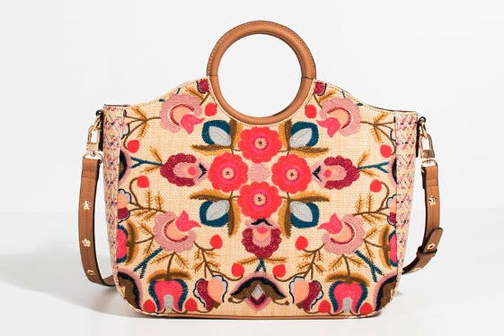 bolso-bordados-florales-colores-parfois