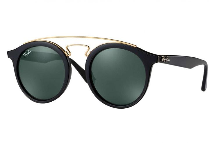 gafas-de-sol-pasta-negra-ray-ban-soloptical-luzdeltajo