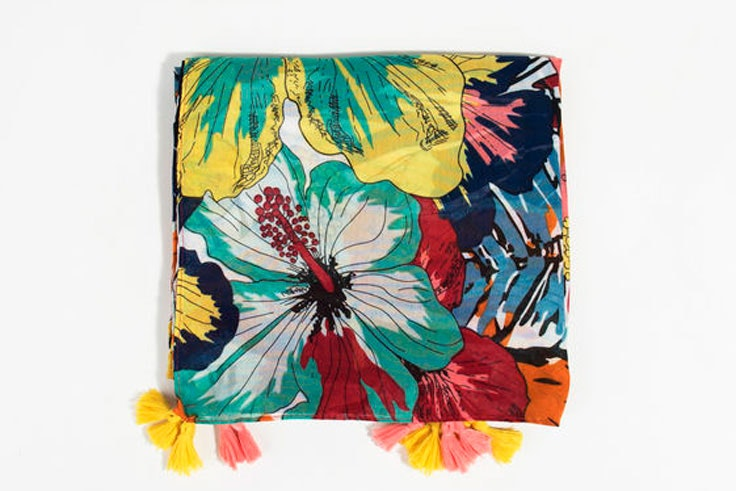 panuelo-estampado-floral-parfois