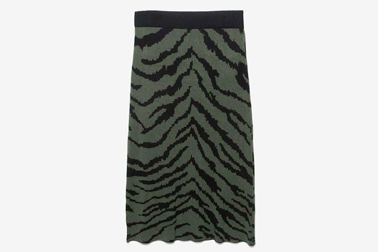falda-estampado-cebra-punto-kaki-parfois