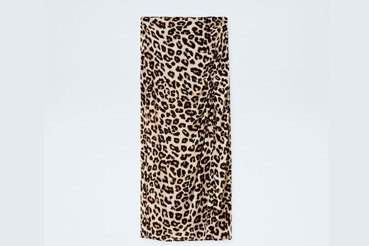 falda-estampado-leopardo-pull-and-bear