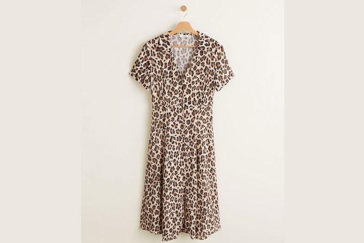 vestido-midi-estampado-leopardo-mango