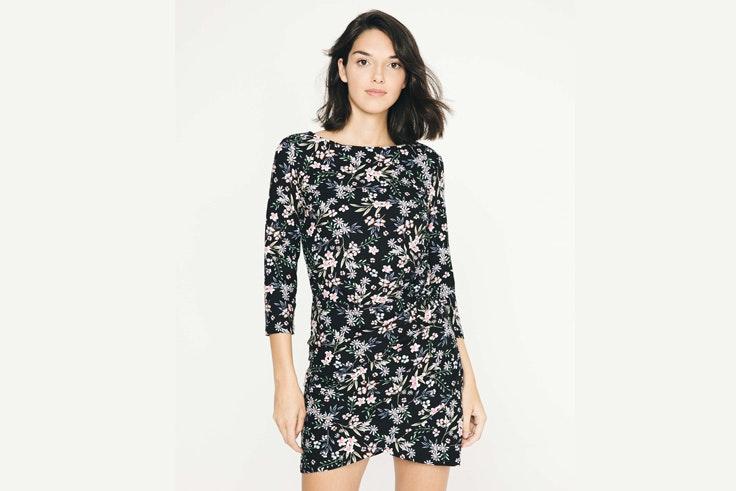 vestido-negro-con-flores-inside