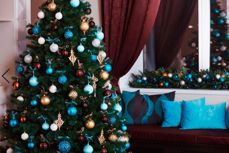 arboles de navidad de colores