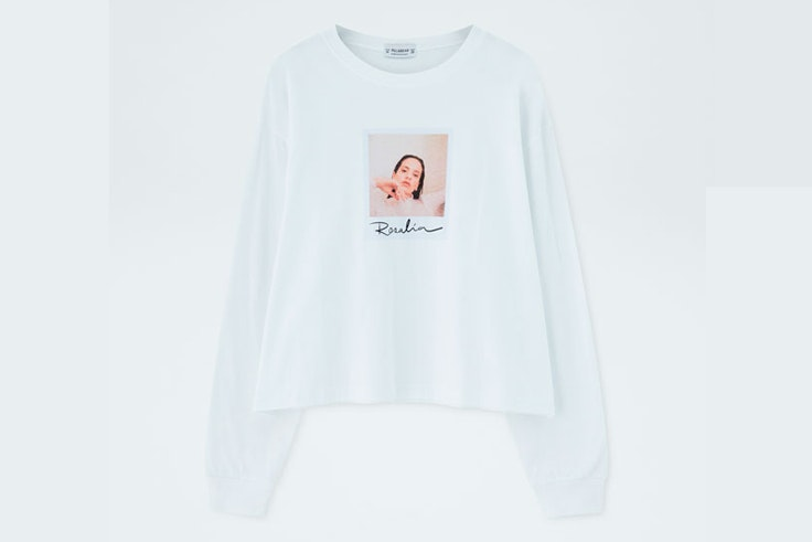 camiseta-manga-larga-blanca-foto-polaroid-rosalia-pull-and-bear-2