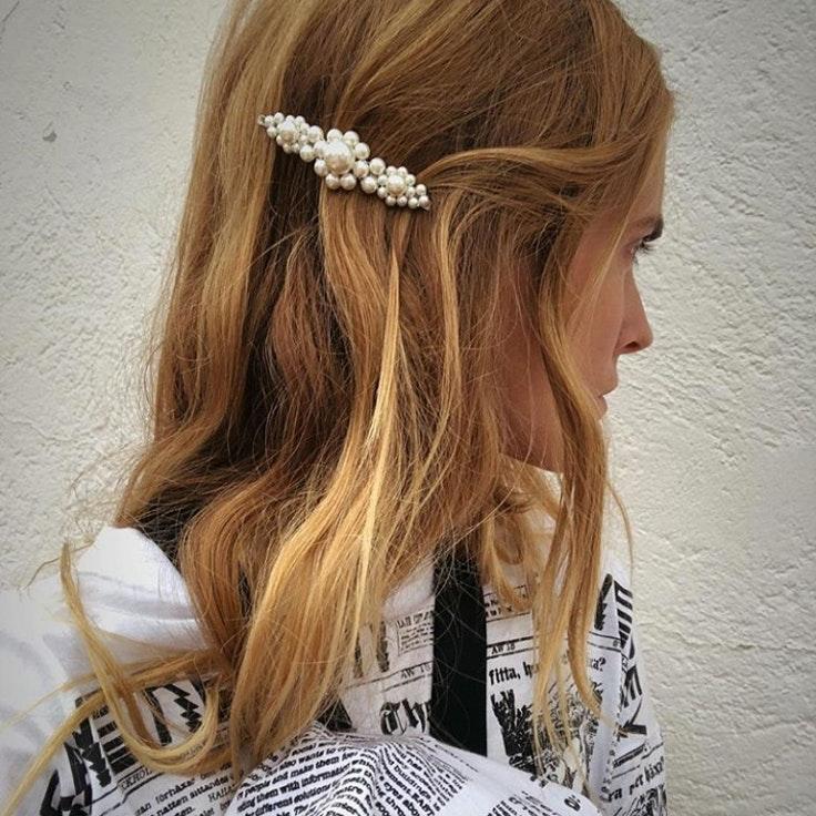 pasadores-de-pelo-blanca-miro