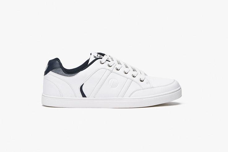 zapatilla-blanca-deportiva-inside