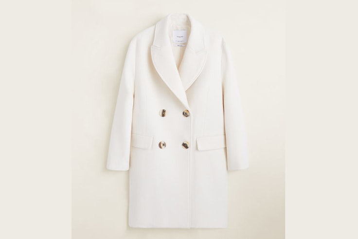abrigo-lana-blanco-botones-solapas-mango
