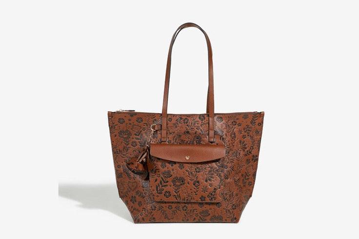 bolso-shopper-color-marron-fleur-parfois