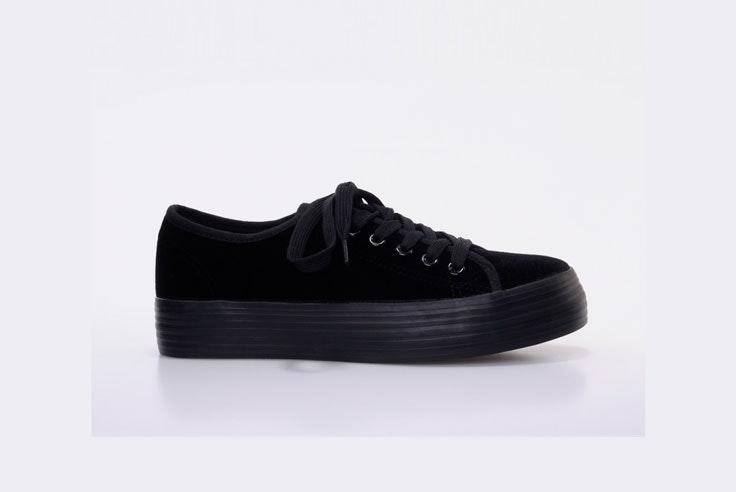 zapatillas-negras-plataforma-marypaz