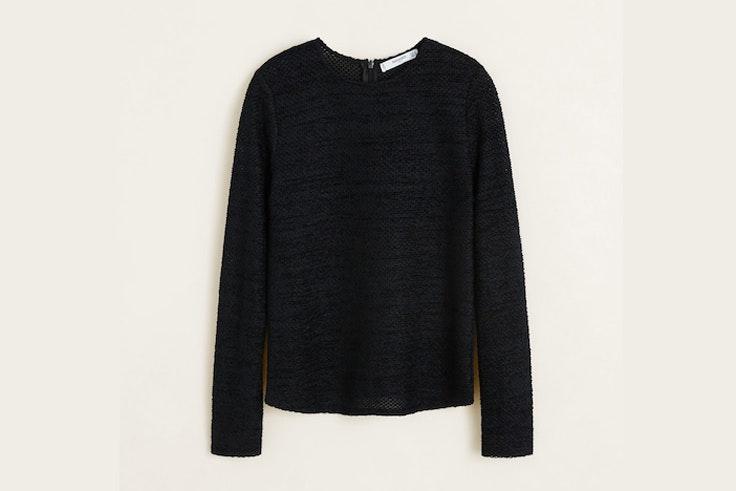 camiseta-negra-manga-larga-mango