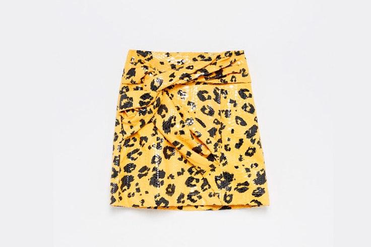 falda-mini-animal-print-leopardo-amarilla-sfera-2